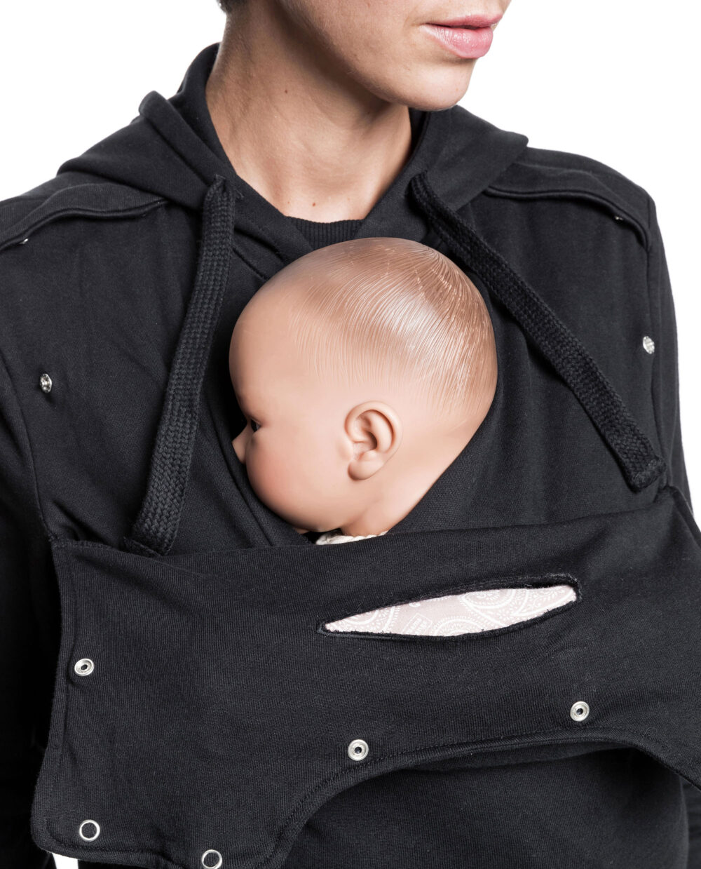 sweat-porte-bebe-Mama-Plays-Noir-6